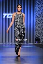 Farnaz-Mustafa-collection-at-TDAP-Fashion-Show-22